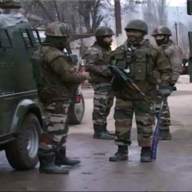 Encounter between terrorists and security forces at Baramulla in J K