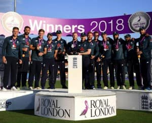 India vs England 3rd ODI: Virat Kohli's Dismissal to MS Dhoni Taking Match Ball, Sparking Retirement Rumours to Joe Root's Mic Drop, Best Moments of Decider