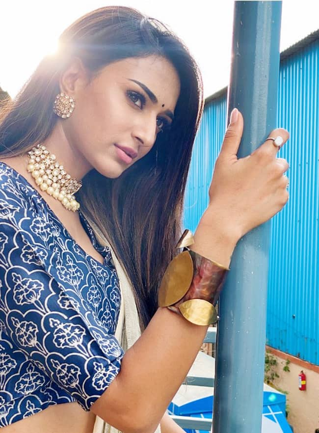 Erica Fernandes is a Fashionista and These Pictures Are The Proof