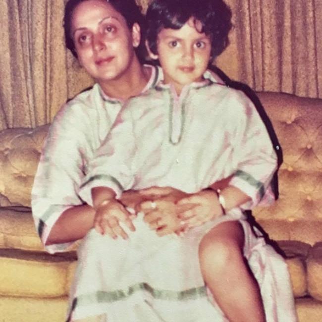 Esha Deol   s childhood picture with mother Hema Malini