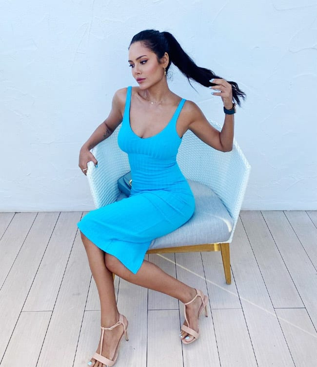 Esha Gupta Casts a Spell on Us With Her Blue Bodycon Dress