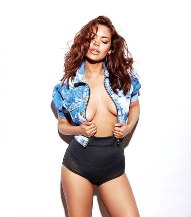 Esha Gupta Goes Bold in Denim Jacket And Briefs