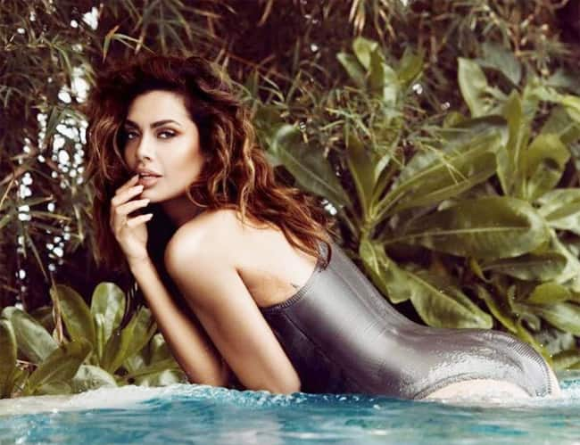 Esha Gupta   s Sultry Picture in Monokini Inside The Pool