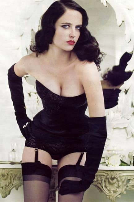Eva Green looks hot AF in this picture