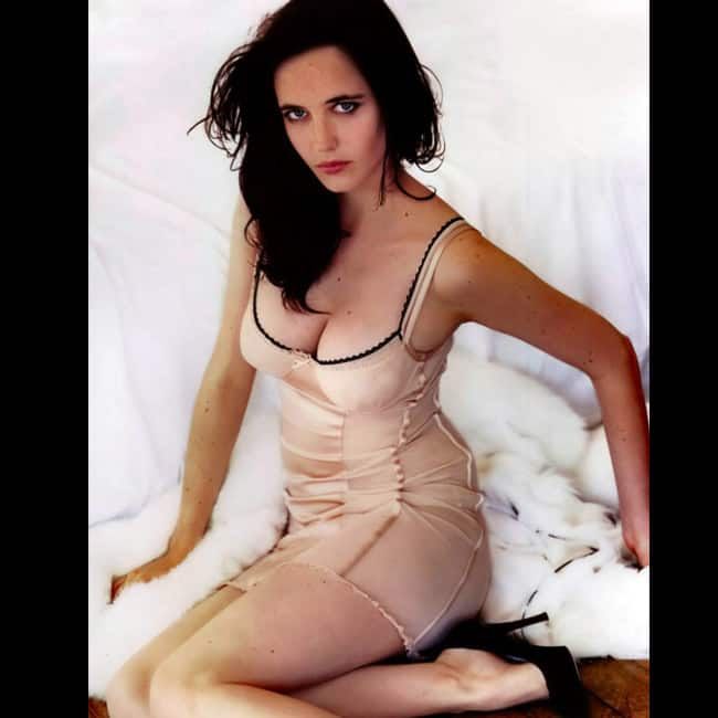 Eva Green looks sexy in this picture