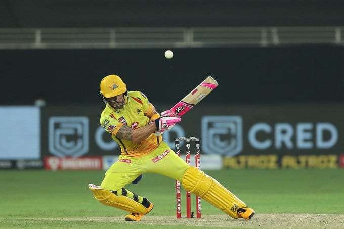 Faf du Plessis attempts a ramp shot vs Kings xI Punjab in match 18 of IPL 2020 IPL Twitter