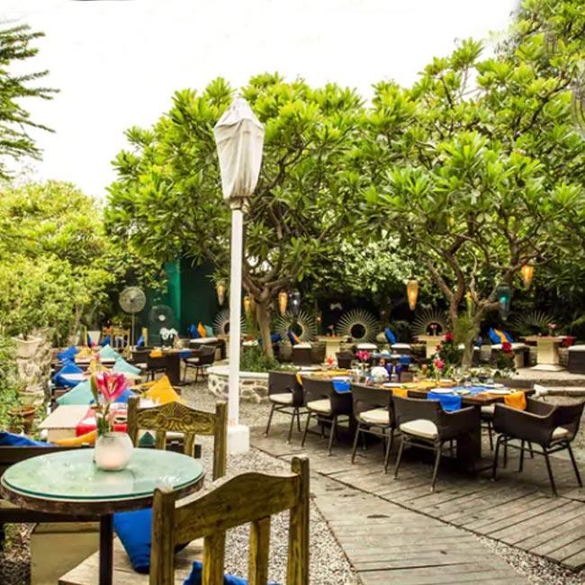 Dating restaurant i delhi