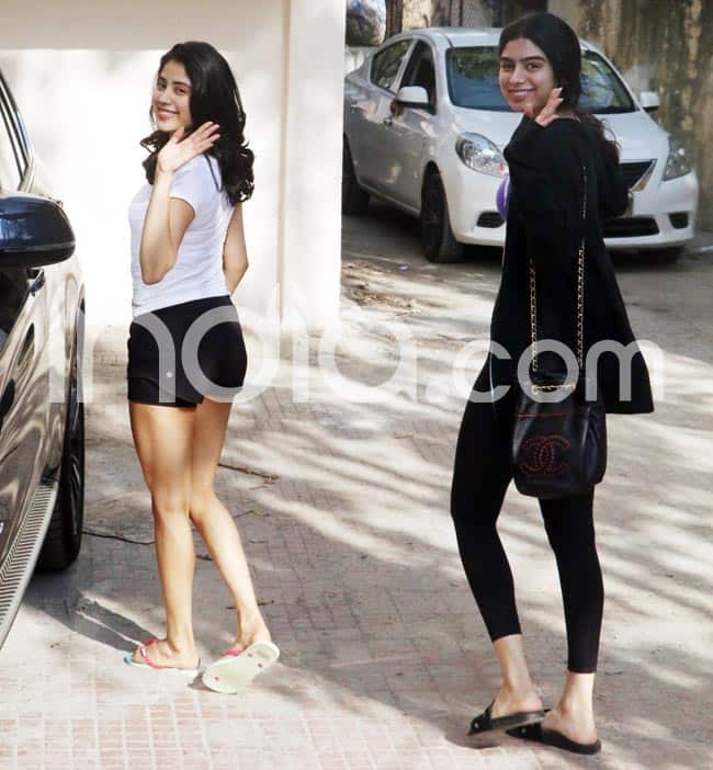 Fitness enthusiast sisters Janhvi and Khushi Kapoor