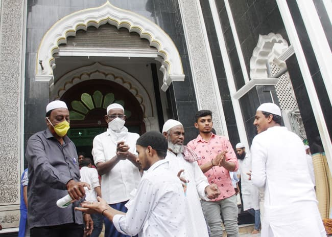 Friday Prayers at Mosques Shortened