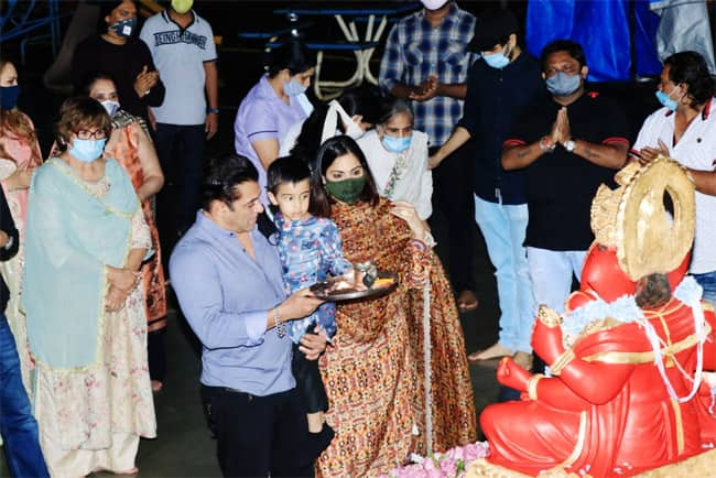Ganesh Chaturthi 2020  Inside Photos From Salman Khan And Family Festivities