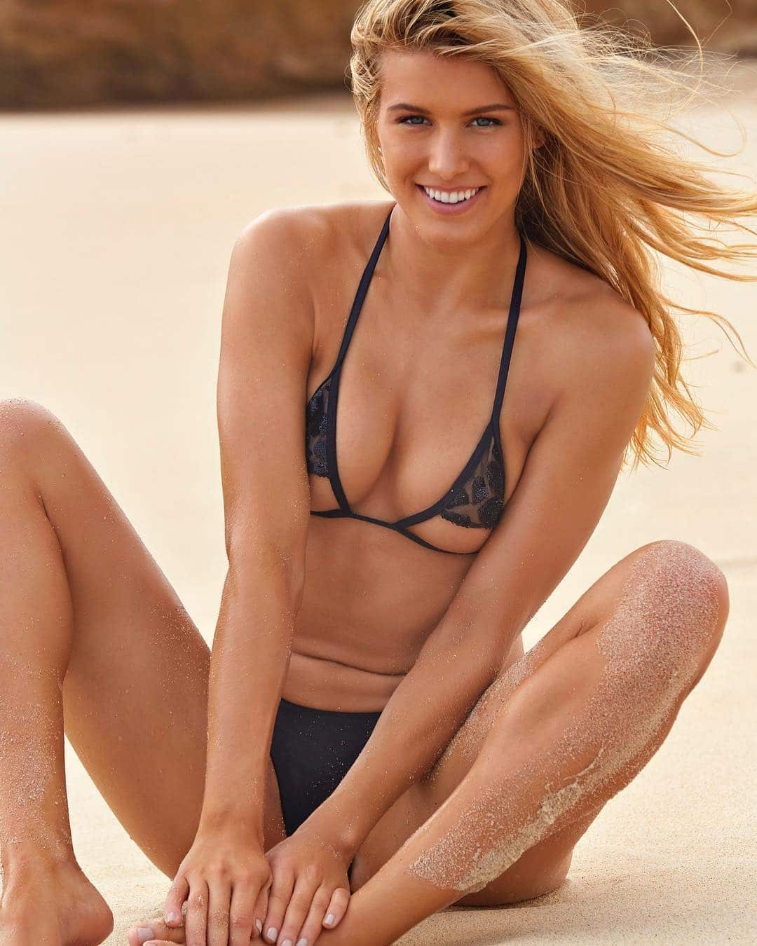 Genie Bouchard   Diva With Million Dollar Smile