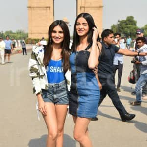 Ananya Pandey Looks Cutest While Posing in Front of India Gate
