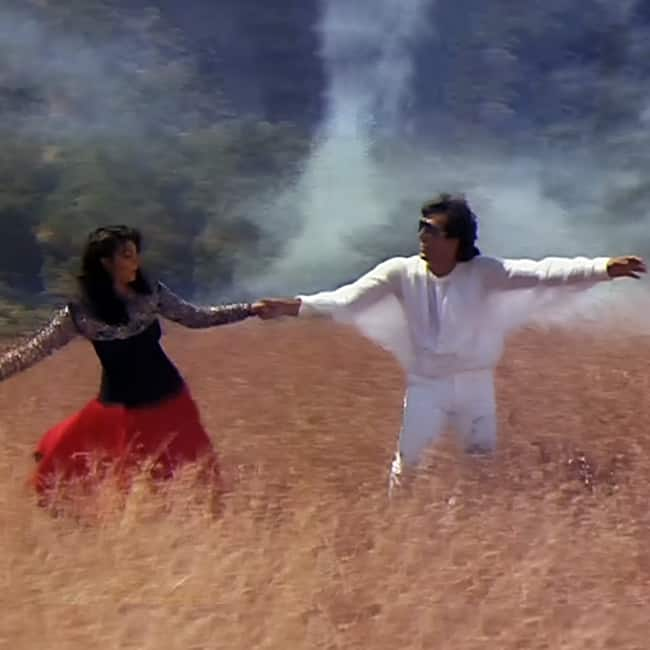 Govinda in Woh Kehte Hai Humse from Dariya Dil movie