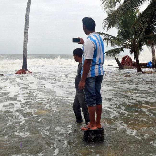 Gujarat on high rain alert due to Cyclone Ockhi