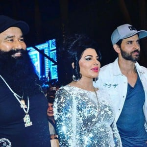Pictures showing Gurmeet Ram Rahim Singh's celeb connection!