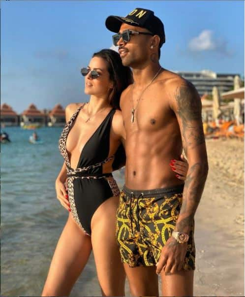 Hardik Enjoys Pool Time With Wife Natasa