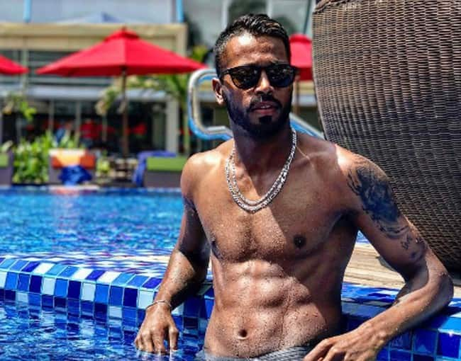 Hardik Pandya S Picture With A Cool Hairstyle 8 Pictures Of