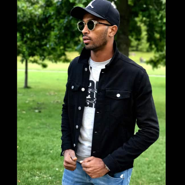 Hardik Pandya poses for a picture