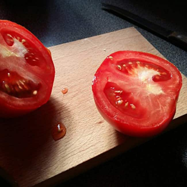 Have tomato to loose weight