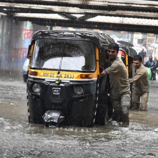 Heavy rain lashes Mumbai  normal life disrupted