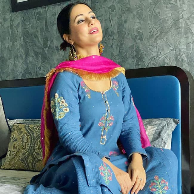 Hina Khan is a Look to Behold