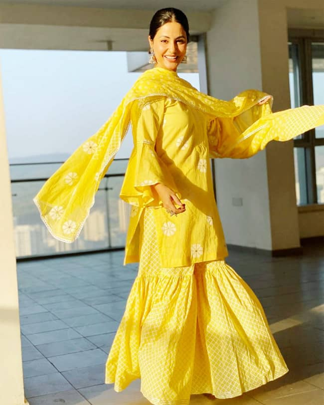 Hina Khan Looks Drop dead Gorgeous in Bright Yellow Sharara Suit