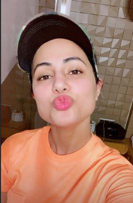 Hina Khan shares her pictures in orange crop top