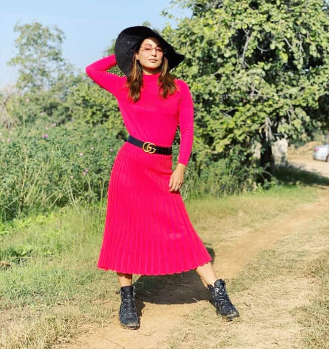 Hina Khan Stuns in Bright Pink Dress in Sun kissed Pictures