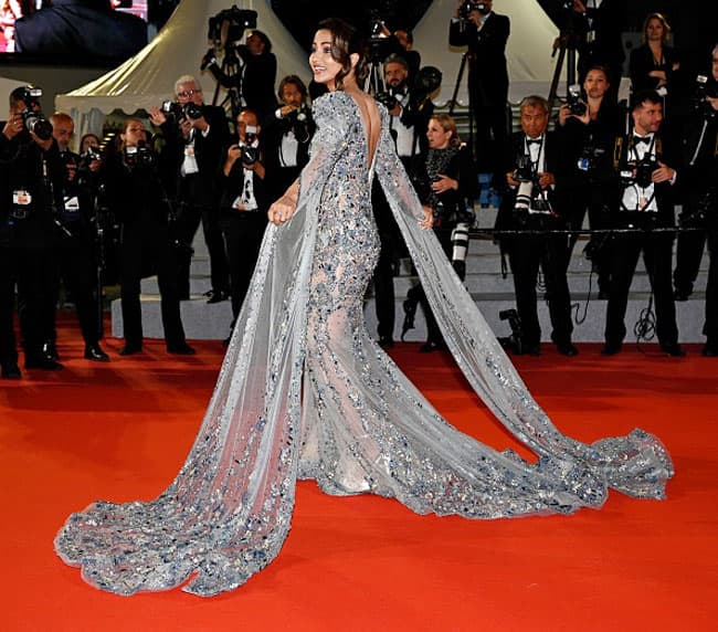 Hina Khan Ups The Glam Quotient as She Graces Cannes Red Carpet in Sparkling Gown