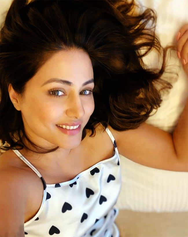Hina Khan   s Drool worthy Pictures on a Lazy Sunday