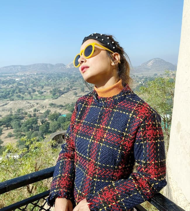 Hina Khan   s fashion statement gets stronger in winters