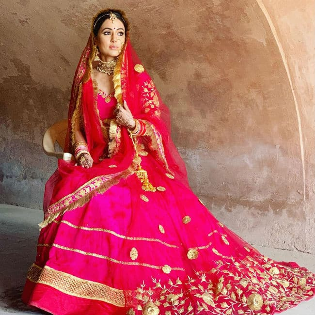 Hina Khan   s Latest Bridal Look is Breaking The Internet