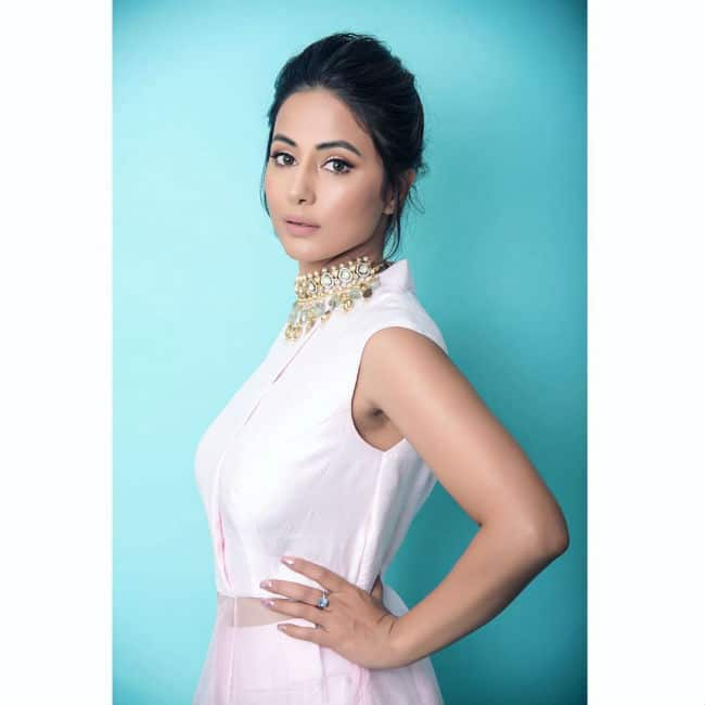 Hina Khan   s Latest Pictures in Pink Gown Will Make Your Jaws Drop