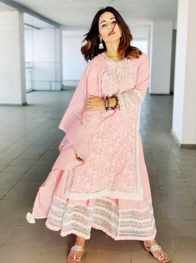 Hina Khan's latest viral pictures