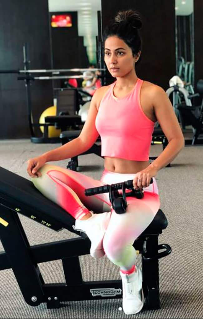 Hina Khan s Tough Workout Will Give You Some Major Fitness Goals