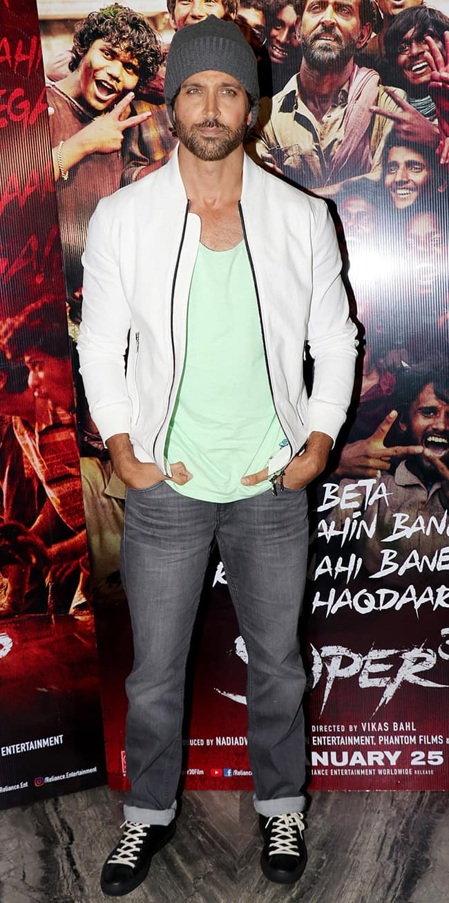 Hrithik looks dapper at the party