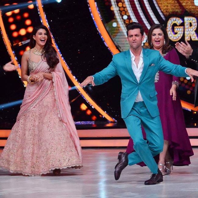 Hrithik Roshan dancing during Jhalak Dikha Jaa grand finale