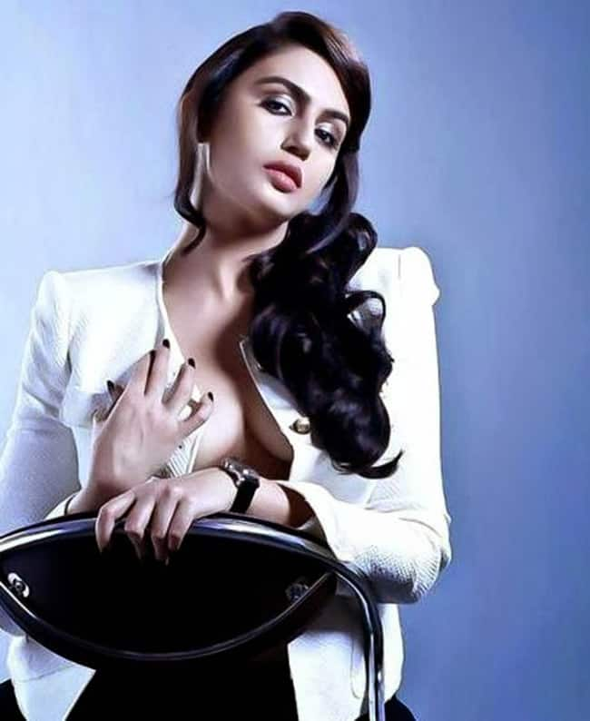 Huma Qureshi Hot Sexy Pics
