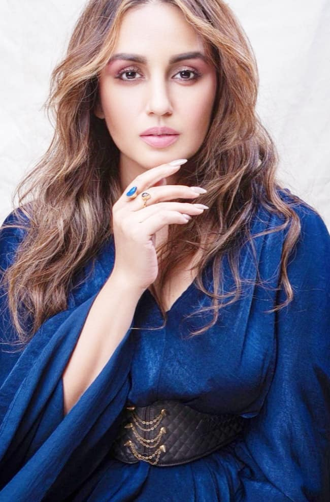 Huma Qureshi is Stunning Beyond Words in Blue Gown