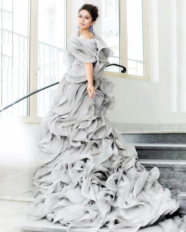 Huma Qureshi looks hot in Silver frill gown by designer Gaurav Gupta