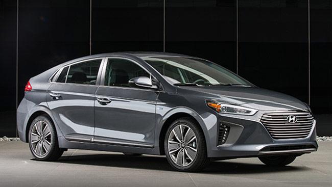 Hyundai 2018 Ioniq Hybrid engine