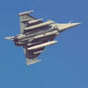India and France sign deal to buy 36 Rafale fighter jets