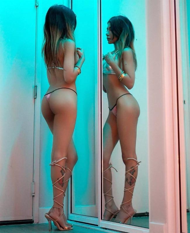 Instagram sensation Sakshi Chopra bikini photos