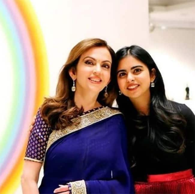 Isha Ambani with mother Nita Ambani
