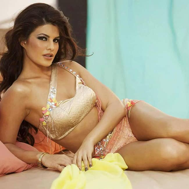 Jacqueline fernandez hot and sexy