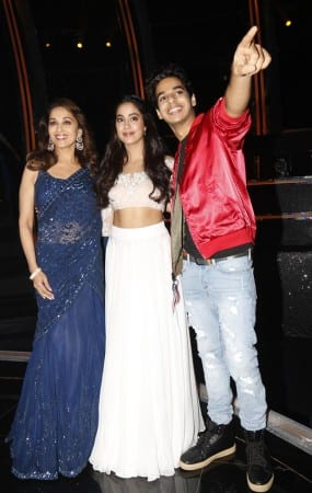 Janhvi Kapoor And Ishaan Khattar at Dance Deewane Sets
