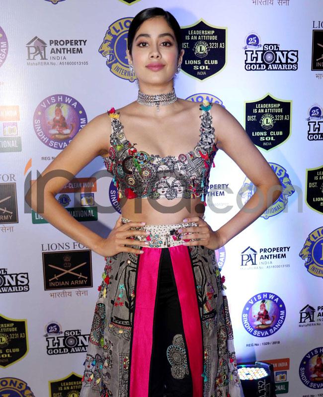 Janhvi Kapoor won the Best Debut award