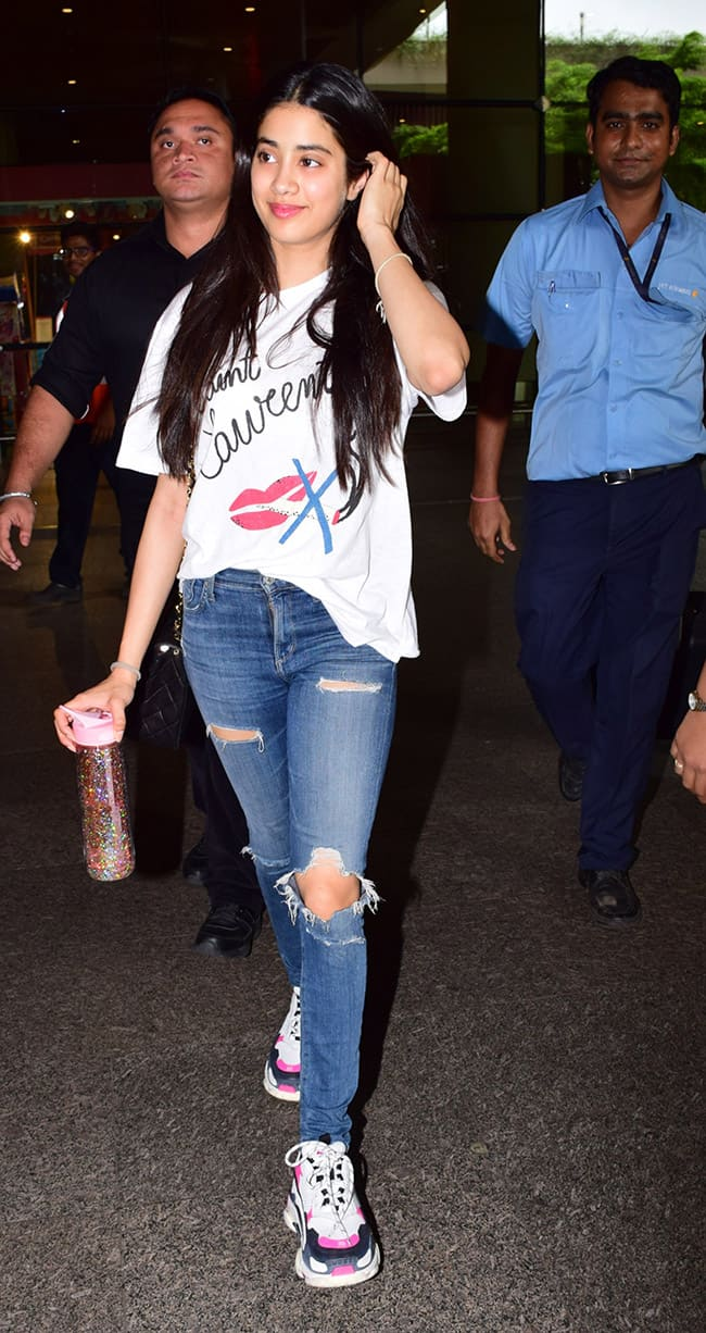 Janhvi Kapoor s debut movie Dhadak has been performing well in Indian and abroad