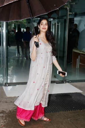 Janhvi Kapoor Just Taught us The Best Way to Flaunt Festive Style in Monsoon