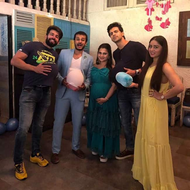 Jay Soni with friends at wife Pooja Soni   s baby shower